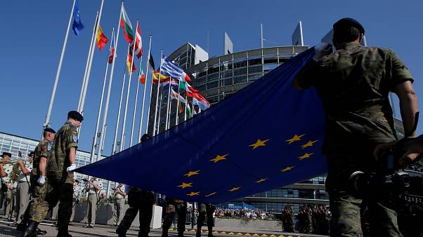 "La sesión inaugural del Parlamento Europeo, en ""The Brief from Brussels"""