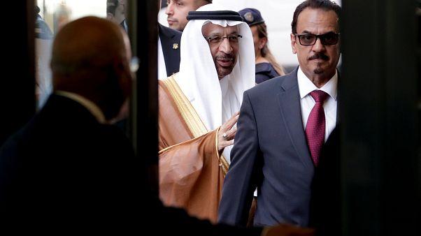 OPEC: marad a csökkentett olajkitermelés