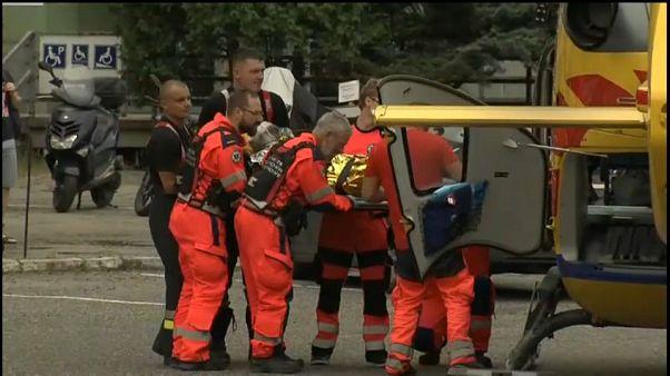 Squadra di soccorso operativa per i minatori rimasti feriti e uccisi