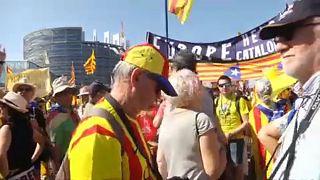 Στρασβούργο: Διαδήλωση Καταλανών έξω από το Ευρωκοινοβούλιο