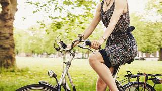 #PositiveNews | Bicycle powered smoothies, eco houses and whale music