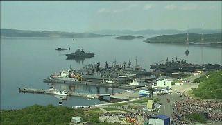 Fogo em submarino militar faz 14 mortos