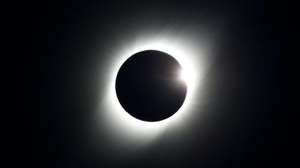 Полное затмение солнца в Чили: фото