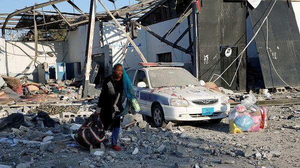 الأمم المتحدة: حراس اطلقوا النار على مهاجرين حاولوا الهرب من هجمات في ليبيا