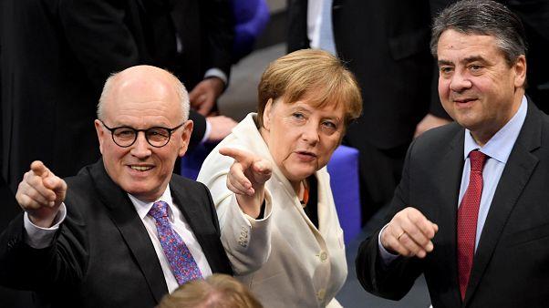 Válságba kerülhet Merkel kormánya der Leyen jelölése miatt