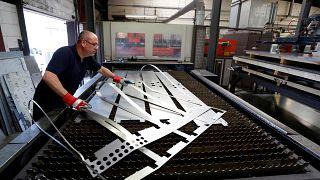 مصنع للفولاذ في بريطانيا- أيار 2015