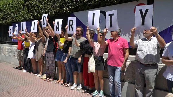 AI protesta en Atenas contra el Decreto Salvini y a favor del Sea-Watch 3