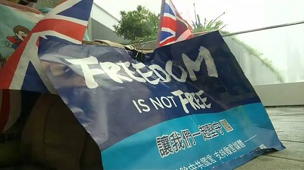Hong Kong protestoları İngiltere ile Çin arasında diplomatik krize neden oldu