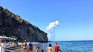 İtalya'da Stromboli Yanardağı faaliyete geçti: 1 kişi hayatını kaybetti
