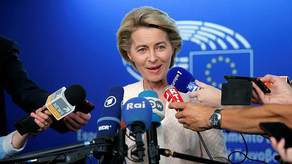 اورزولا فن در لاین کیست؟ با نخستین زنی که به ریاست کمیسیون اروپا رسید آشنا شوید