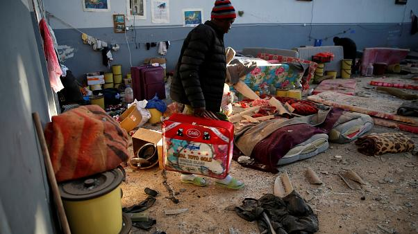 لیبی؛ نگهبانان اردوگاه هنگام حمله هوایی به روی پناهجویان آتش گشودند