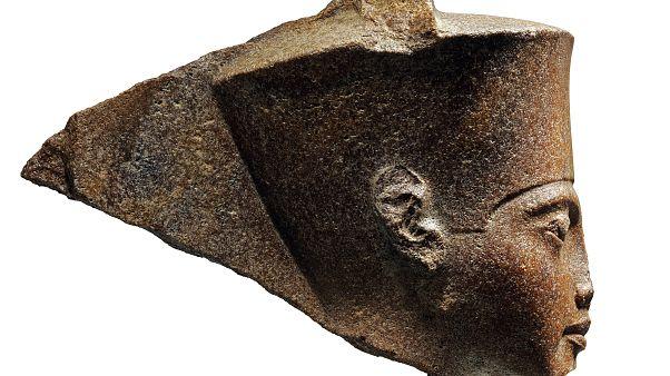 Бюст Тутанхамона ушел с молотка за £4.7 млн, несмотря на протесты Египта