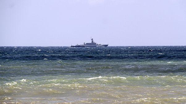 شهر بندری طرطوس در جنوب غرب سوریه و گشت زنی یک کشتی جنگی روسی