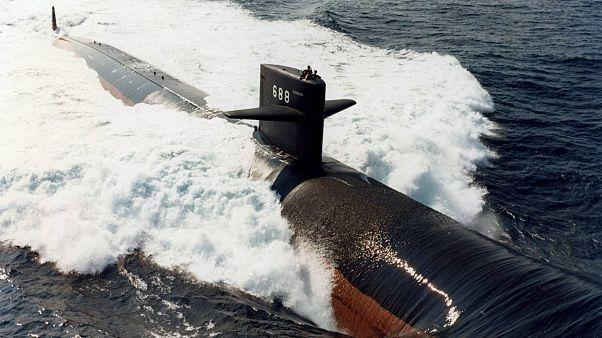 تایید اتمی بودن زیردریایی سانحه دیده توسط دولت؛ انتقاد مخالفان از پنهان کاری کرملین