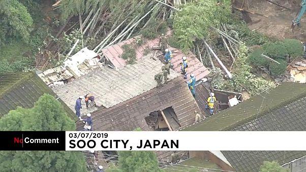 فيضانات في جنوب اليابان تؤدي إلى وفاة شخص وفقدان وإصابة آخرين