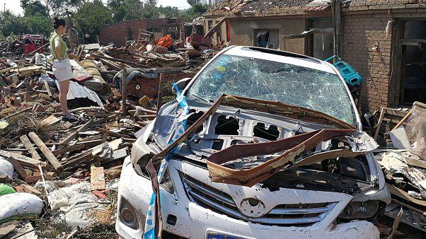 آثار إعصار الصيني