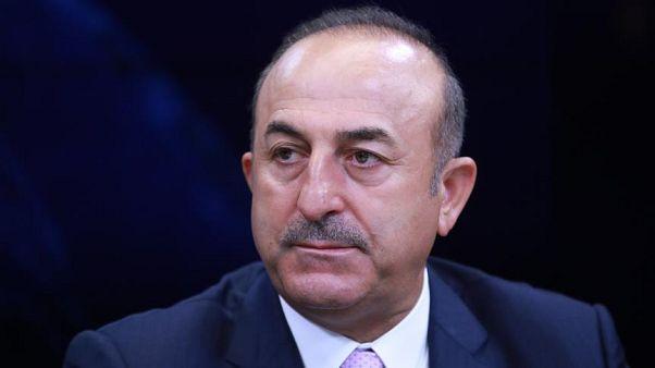 Çavuşoğlu'ndan S-400 açıklaması: Trump kendi yönetiminden çıkan farklı sesleri azaltmaya çalışıyor