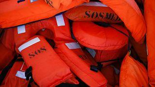Boat carrying 70 migrants capsizes off Tunisian coast
