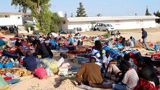 BM: 53 kişinin öldüğü hava saldırısından kaçan mültecilere ateş açıldı