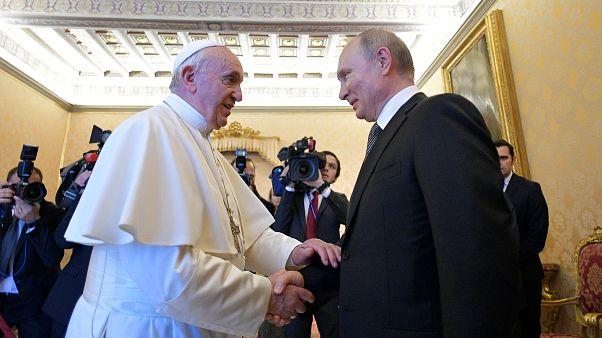 Vladimir Putin visita Vaticano