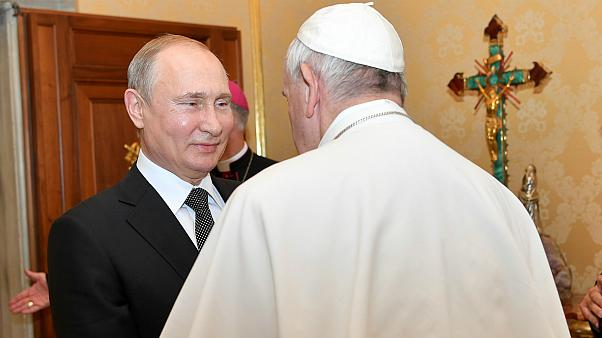 Békét sürget a pápa Ukrajnában