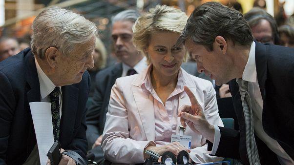 Soros és der Leyen is tagja egy müncheni testületnek