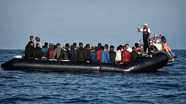 قایق حامل مهاجران در سواحل لیبی
