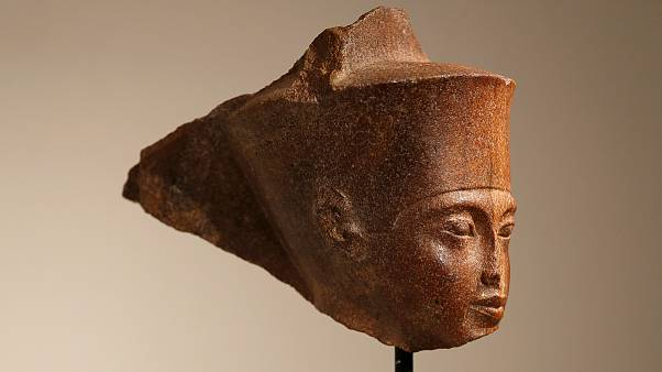 مجسمه سر توتعنخآمون، یازدهمین فرعون مصر باستان