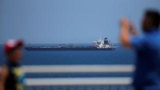وزیر دفاع ایران: راهزنی دریایی بریتانیا بیپاسخ نمیماند