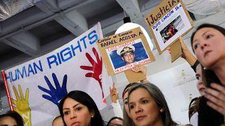 BM Raporu: Venezuela'da devlet muhalifleri bastırmak için ölüm mangaları görevlendirdi