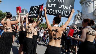 Frankreich: Proteste gegen Gewalt an Frauen - Regierung unter Druck