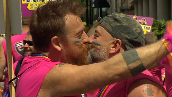 London, Bupadest celebrate LGBT rights with Pride parades