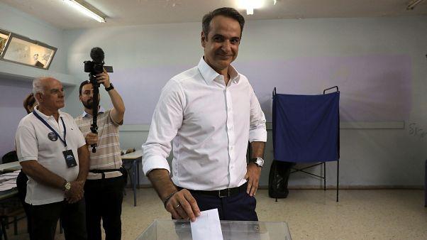 كيرياكوس ميتسوتاكيس زعيم حزب الديمقراطية الجديدة المحافظ