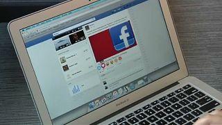 Le militant Max Schrems et Facebook devant la Cour européenne de justice
