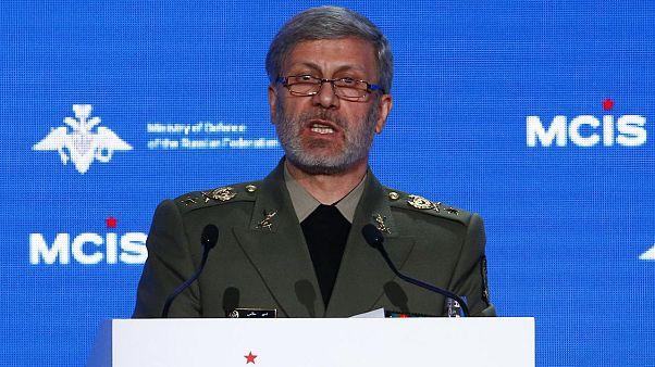 İran Savunma Bakanı Hatemi'den İngiltere'nin İran petrol gemisini alıkoymasına sert tepki