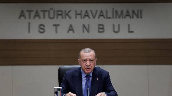 Türkiye Cumhurbaşkanı Recep Tayyip Erdoğan, Bosna Hersek'in başkenti Saraybosna'ya hareketi öncesi basın toplantısı düzenledi.  ( Ahmet Bolat - Anadolu Ajansı )