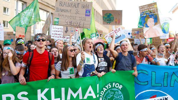"""Alman iklim aktivistlerinden """"Gelecek için 5 gün"""" eylemi"""