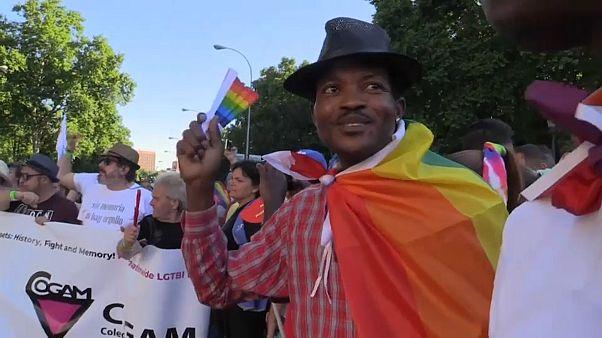 Homosexual y migrante del Aquarius, Alain marcha con orgullo en Madrid