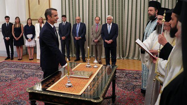 Yunanistan'ın yeni Başbakanı Kiriakos Miçotakis Cumhurbaşkanlığı Sarayı'nda yemin etti