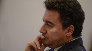 """Ali Babacan """"kendi ilkeleriyle AK Parti arasındaki derin farklılıklar"""" nedeniyle istifasını açıkladı"""