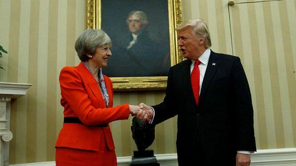 واکنش ترامپ به نامههای لو رفته سفیر بریتانیا: دیگر با او کار نمیکنیم