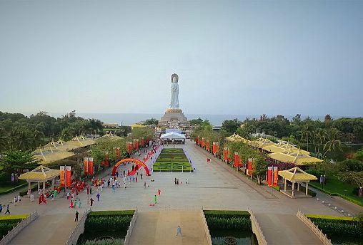 شهر ساحلی سانیای چین برای جذب گردشگر جا پای دبی میگذارد