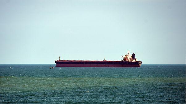 ائتلاف نظامی به رهبری عربستان: حمله حوثیها به یک کشتی تجاری را خنثی کردیم