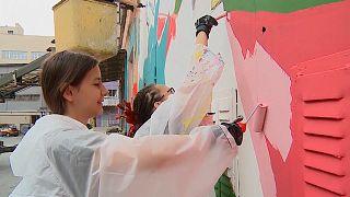 شاهد مهرجان الشارع الفني في روسيا
