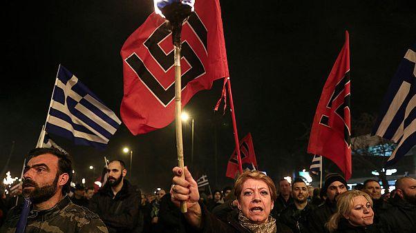 Grecia: Alba Dorata fuori dal parlamento