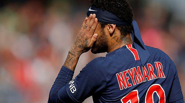 لاعب كرة القدم البرازيلي نيمار