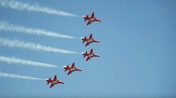 Swiss air force interrupts yodelling festival during fly-by mistake