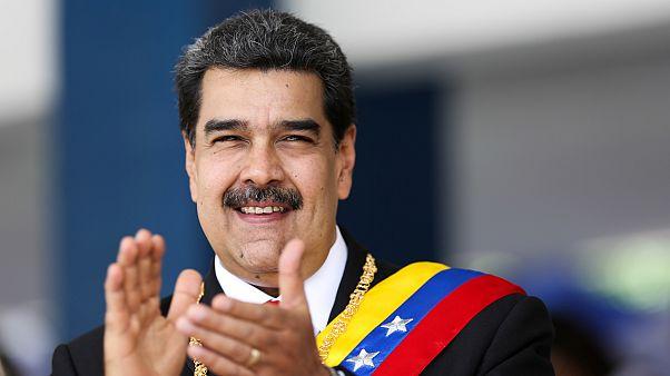 Venezuela'da barış görüşmeleri yeniden başladı, Maduro anlaşmaya varılacağından emin