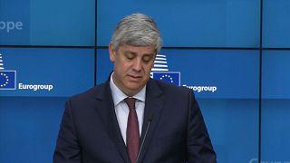 "Eurogrupo ""aconselha"" Grécia"