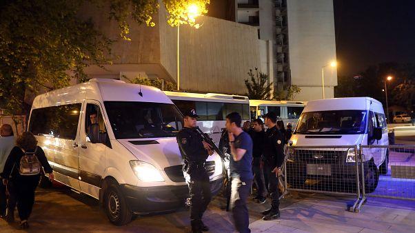 حکم بازداشت ۱۷۶ نفر از نیروهای نظامی ترکیه صادر شد